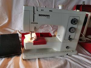 Bernina 830 Record Nähmaschine in orig. Koffer plus Zubehör Gebrauchsanweisung
