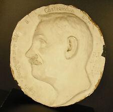 Médaillon en plâtre profil de Louis Bourgogne né en 1846 à Chateaudun 34cm 1,6kg