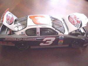 Dale Earnhardt #3 Victory Lap 7x Champion COLOR CHROME ACTION 1/24 RARE 2003