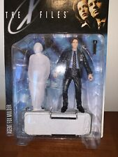 The X Files: Agent Fox Mulder Series 1 1998 McFarlane Toys Action Figure