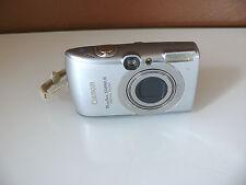 Canon PowerShot SD890 IS 10,0 MP Digitalkamera - silber