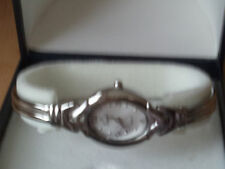 Damen-Armbanduhr Saphir