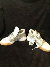 Adidas CG6506 Unisex Pro Vision - Youth Size 4-1/2 - Raw White w/Light Brown