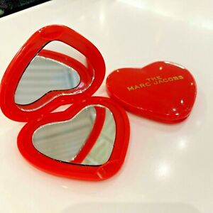 MARC JACOBS Red Heart Compact mirror Limited Edition RARE