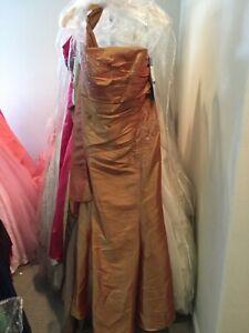 Jordan Catarina MOB Embroidered Copper Evening formal long dress w/shawl 10