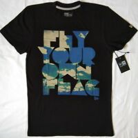 New Era Type Lomo T-Shirt - Small