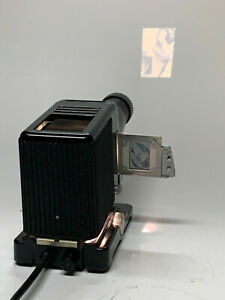 VINTAGE Kodaslide Model 2A PROJECTOR-Working and in Good Condition