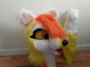 fursuit cosplay Henry the Bunny, Head and tail