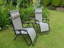 Garden Chair - Set of 2 Padded Green Check Sun Lounger Recliner Chairs