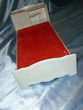 VINTAGE VOGUE GINNY DOLL BED 1978 PLASTIC TOY