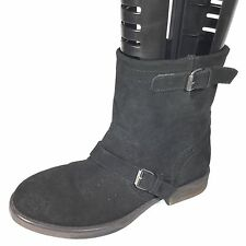 Zigi Girl Chilly Women's Size 7.5 M Black Suede Slip On Ankle Boots.