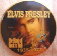 C ELVIS PRESLEY COMMEMORATIVE COIN GILT & ENAMEL 4 CM X .3 CM 1935 - 1977 SEE PI