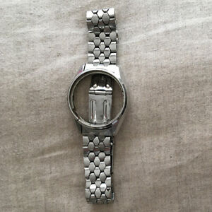 SEIKO coffin band bracelet with case nice and hard to find
