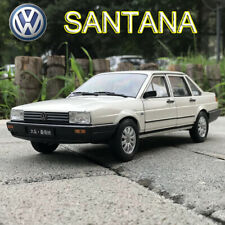 1:18 Scale VW Volkswagen SANTANA White Diecast Model Car Toys By WELLY Open Door