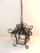 Lanterna lampada 4 vetri quadrata in ferro battuto con catena e riccioli