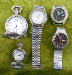 #D161. LOT OF OLD WATCHES - SELLING AS IS