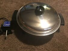 "Westbend Lifetime Liquid Core 12½""/32 cm Family Skillet Large Electric Pan"
