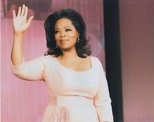 Oprah Winfrey UNSIGNED 8X10 Photo (C)