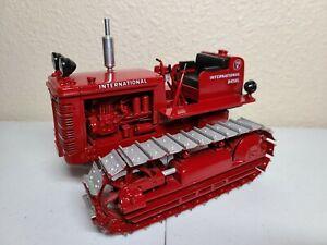 International IH TD-9 Crawler Tractor - Gilson Riecke 1:16 Scale Model