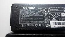 Original Toshiba adapter charger Ladegerät Netzteil 19V 2,37A 45W 5.5x2,5mm