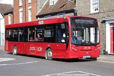 2727 HF65AYG  Wilts & Dorset - Salisbury Reds, Salisbury 6x4 Quality Bus Photo