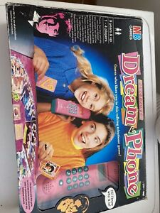 VINTAGE 1996 MB Games Electronic Dream Phone Board Game 98% COMPLETE
