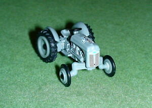 FORD 9N WIDE FRONT TRACTOR DIECAST SCALE 1/64 ERTL