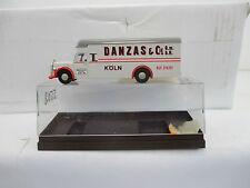 Brekina 1/87 5502 Mercedes-Benz Koffer LKW DANZAS Köln WS6096