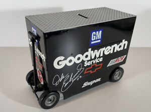 Action Dale Earnhardt GM Goodwrench Pit Wagon Coin Bank NASCAR 1/16 Diecast Bank