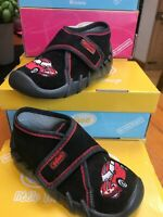Befado-Kids Black Soft Suede Slipper Red Mini Design Non-Slip Velkro sz 22/5.5