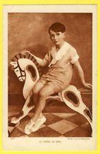 """cpa SALON de PARIS Mme GIRARD RABACHE """"Le Cheval de Bois"""" Wooden Horse JOUET TOY"""
