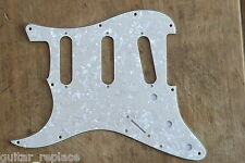 Golpeador Stratocaster Aged White Pearl Zurdo Lefty SSS Pickguard 3 Plies Strato