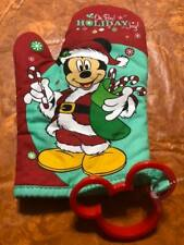Disney Mickey Mouse  Holiday Oven Mitt & Cookie Cutter New!