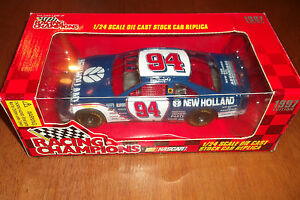 RON BARFIELD #94 NEW HOLLAND 1977 EDITION RACING CHAMPIONS 1:24 (18)