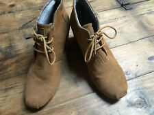 TOMS | Desert Wedge Suede Chestnut Brown Leather Ankle Booties Women's Size 9.5