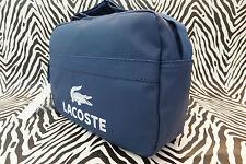 Borsa A Tracolla LACOSTE NH0323 Classic EST Blu Rivestito Messenger BAGS NUOVO CON ETICHETTA RRP £ 80