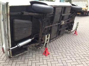 TILTER - CAR ROLLER - CHASSIS TILTER - TILT CAR  LIFT CJAUTOS  CT01  4 Stud