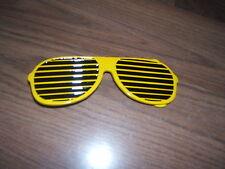 NEW- HIP HOP Yellow Shutter Shades Sunglasses designed Belt Buckle