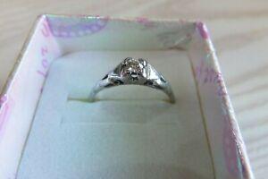 Vintage Art Deco 18K Platinum Solitaire Diamond Ring