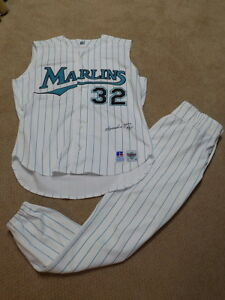 Alejandro Pena Game Worn Signed Full Uniform Florida Marlins
