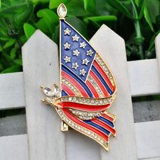 Pin Rhinestone Gold Tone American Crystal Flag Brooch