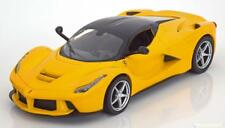 1:24 Hot Wheels Ferrari LaFerrari 2013 yellow