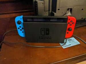 Used Nintendo Switch Neon Red & Blue Very Good Condition Fast Free Shipping...