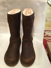 UGG Kensington Women boots in Toast/Brown Size 8