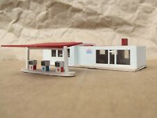 LIGHTED ~ EXXON GAS STATION ~ RETIRED by Model Power ~ Mayhayred N Scale Lot