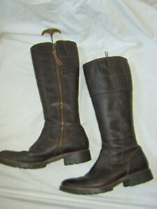 TIMBERLAND Brown Leather Knee High Boots 7.5 W