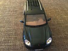 Collection car,Porsche Cayenne Turbo,Green,1/18, Maisto