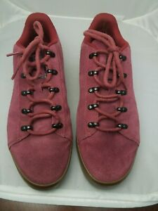 NEW PUMA MAROON SUEDE MENS SNEAKERS SIZE 9.5 US 365749-02