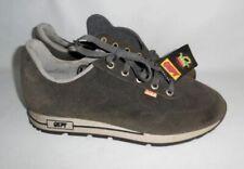 Chaussures vintage en daim pour homme