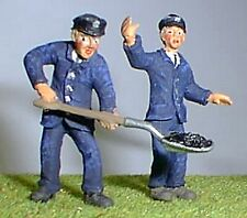 Loco Crew - Engine Driver & Fireman (O scale) - Unpainted - Langley OF17